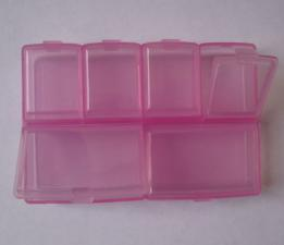 Органайзер (розовый). Размер - 9,7 х 6,7 х 1,7 см.