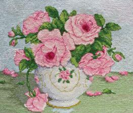 Розовые цветы. Размер - 20,5 х 16,5 см.