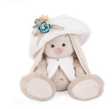Зайка Ми в белой меховой шляпе и жилете, мягкая игрушка BudiBasa