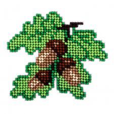 Дубовые листья. Размер - 11 х 11 см.
