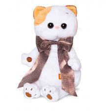 Кошечка Ли-Ли с атласным коричневым бантом.