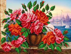 Розы в вазе. Размер - 24,5 х 19 см.