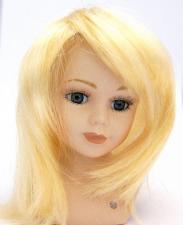 Волосы (парик) для кукол (прямые),цвет:светлый блонд,размер 16-19 см (шар 5-6 см)