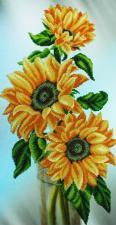 Картины бисером   Натюрморт с подсолнухами. Размер - 26 х 51 см.