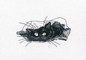 Среди чёрных котов. Размер - 13,5 х 8 см.