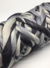 Камтекс | Супер толстая пряжа, цвет 237 (разн.2)(белый,светло-серый,тёмно-серый), 500 г/40м