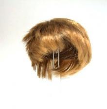 Волосы (парик) для кукол (прямые, короткие) цв.русый,диаметр 6-8 см