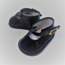Туфли лаковые с ремешком на липучке,7 см,цв.чёрный
