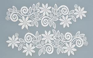 Лейсы пришивные,цв.белый,25х7 см,компл.2шт