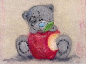 Татти Тедди с яблочком. Размер - 21 х 15 см.
