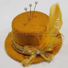 """Игольница """"Шляпка с перьями"""",цвет тёмно-жёлтый,размер - 10х10х4,5 см"""