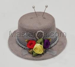 """Игольница """"Шляпка с розочками"""",цвет серый,размер 10,5 х10,5 х5 см"""