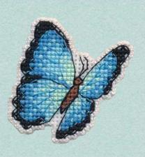 """Набор-значок для вышивания на пластиковой канве """"Голубая Морфа"""". Размер - 5,5 х 5,5 см."""