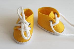 Ботиночки ручная работа,фетр,цвет жёлтый,5 см