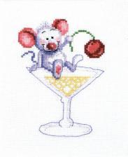 Чаривна Мить | Мышь в рюмке. Размер - 15 х 18 см