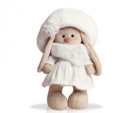 Зайка Ми в белом пальто. Размер - 25 см.