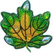 А-строчка | Набор для вышивания броши (подвеса) Осенний лист №1. Размер - 6,5 х 6,5 см