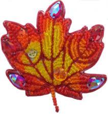 А-строчка | Набор для вышивания броши (подвеса) Осенний лист №2. Размер - 6,5 х 6,5 см