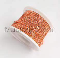 Стразовая цепь SS8 (2,3-2,5 мм).Цвет №12 оранжевый.Оправа серебро,1 м