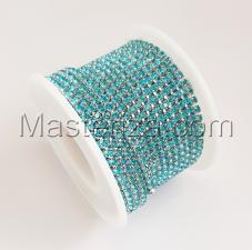 Стразовая цепь SS8 (2,3-2,5 мм).Цвет №15 голубой.Оправа серебро,1 м