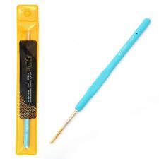 Крючок для вязания Maxwell Gold односторонний с золотой головкой, 2,0 мм, никель/синий