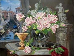Натюрморт с розами. Размер - 34 х 26 см.