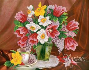 Тюльпаны и нарциссы. Размер - 33 х 26 см.