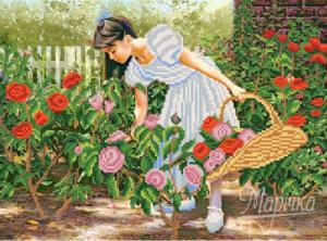 Розы алые в саду. Размер - 35 х 26 см.