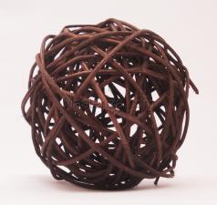 Ротанговый шар (коричневый). Размер - 7 см.