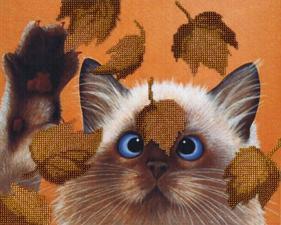 Котик в листьях. Размер - 28 х 22 см.