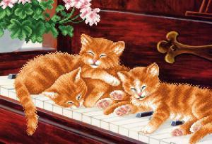 Котята на пианино. Размер - 39 х 27 см.