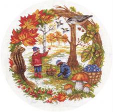 Осенние хлопоты. Размер - 24 х 26 см.