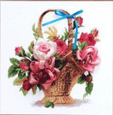 Корзинка с розами. Размер - 30 х 30 см.
