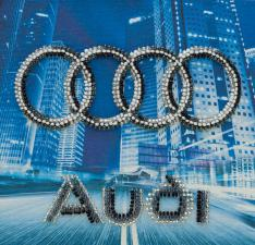 Audi. Размер - 15 х 15 см.