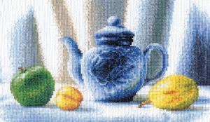 Синий чайник. Размер - 16х26.5 см