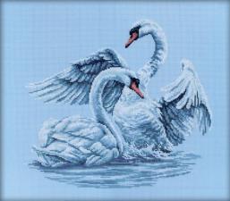 Лебединая верность. Размер - 40 х 35 см.