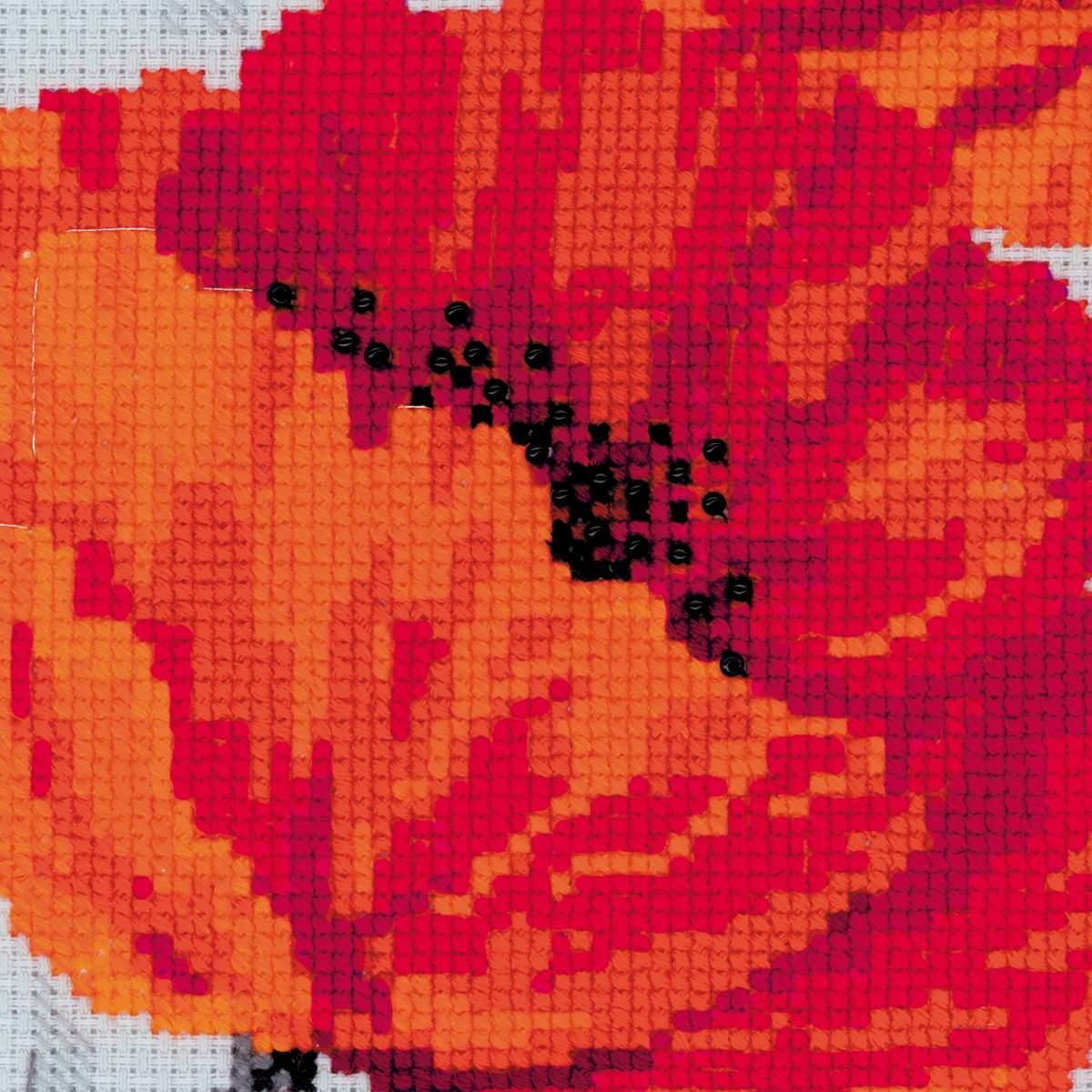 Вышивка крестом маки от риолис