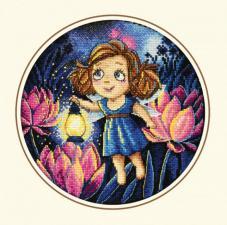 Алиса и светлячки. Размер - 20 х 20 см.